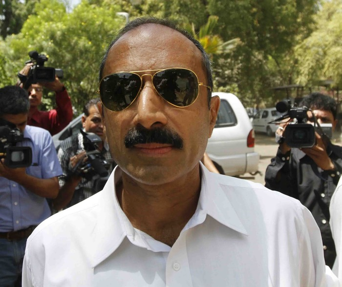 5 Honest IPS Officers Who Have Stuck By The Truth No Matter What!