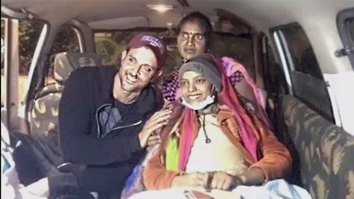 Hrithik Roshan Fulfills The Last Wish Of A Cancer Patient In Jabalpur