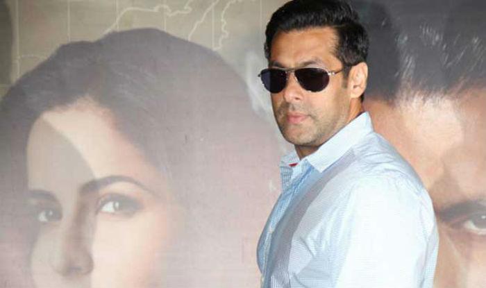 Salman Khan To Launch A Rehabilitation Program For Pavement Dwellers On His Birthday!