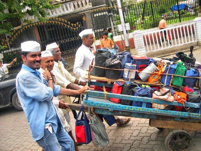 No More Food Wastage, Thanks To The Mumbai 'Dabbawalas'