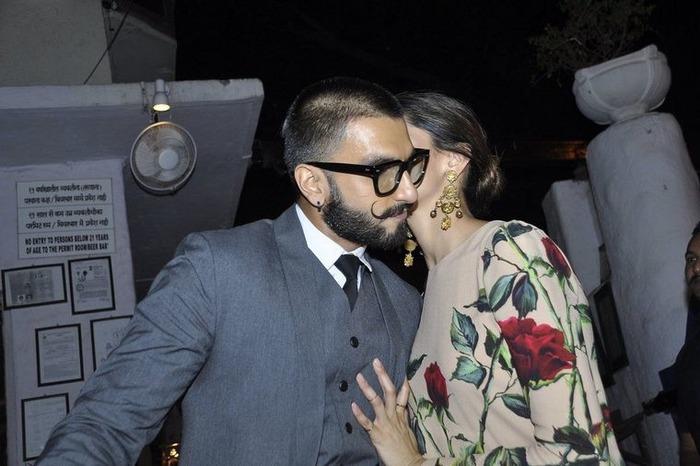 PDA Captured: Deepika Plants A Kiss On Boyfriend Ranveer Singh