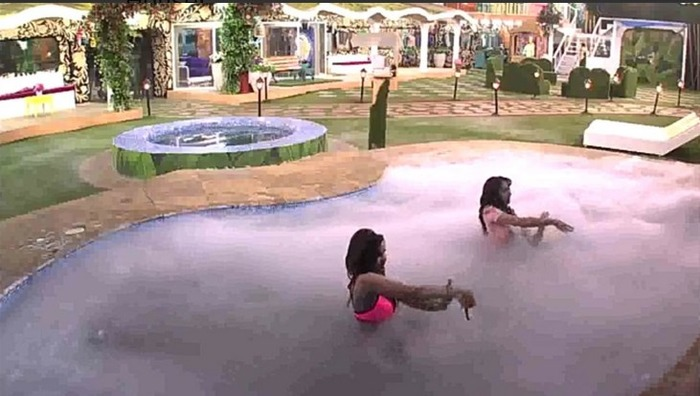 Wild Card: Nora Fatehi & Giselle Thakral's Hot And Wet Entry In Bigg Boss 9