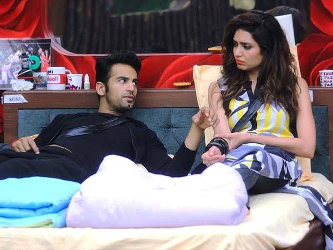 Bigg Boss 8 - Are Karishma Tanna & Upen Patel In Love?
