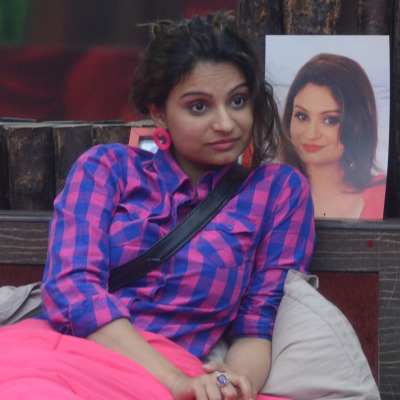 With Dimpy, The Bigg Boss Game Is Very Stinky!!