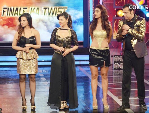 Bigg Boss 8: Time For Challengers 'Halla Bol', So Champions Buck Up & Aim For Goal
