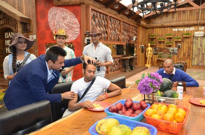 Full On Bolywood Dhamaka In The Bigg Boss 8 House!