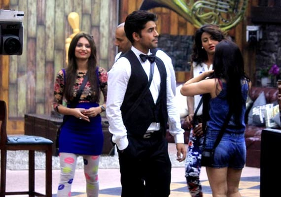 The Bigg Boss Game Is On, Wildness Full On!