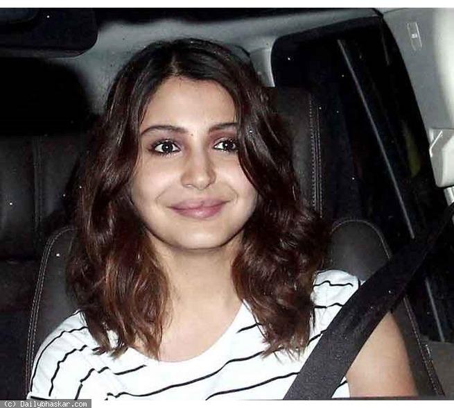 OMG: What's Wrong With Anushka Sharma's UGLY Lips???