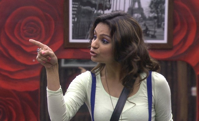 Bigg Boss 8 - Rahul Mahajan Out, Now What Will Dimpy Do Drama About???