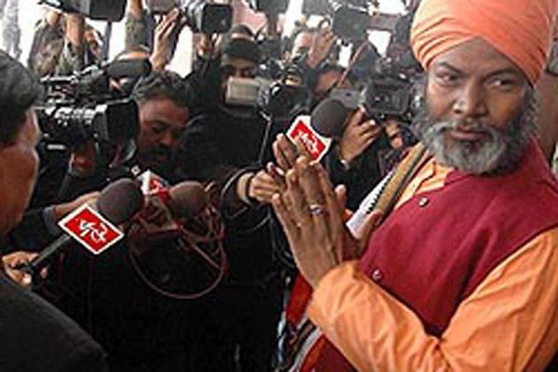 BJP MP: 'Every Hindu Woman Should Produce 4 Kids'