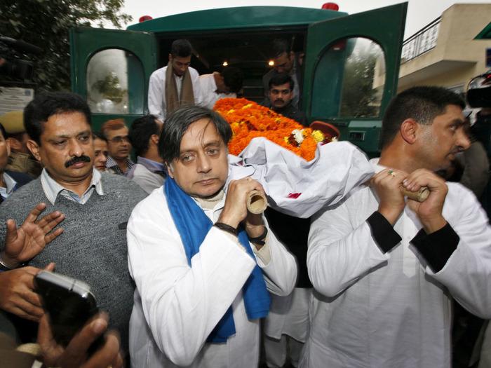 #sunandamurder: Is Shashi Tharoor Guilty?