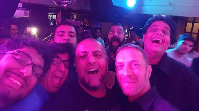 Coldplay's Chris Martin Plays In Delhi! This Is What You Missed