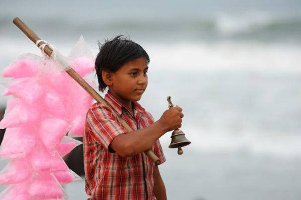 OMG:INDIA WILL NEED 100 YEARS TO END CHILD LABOUR
