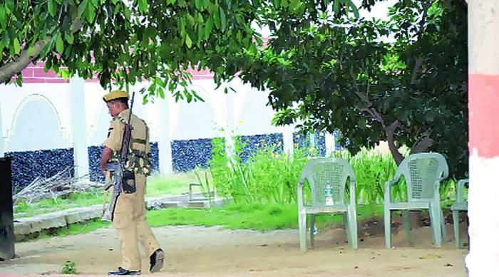 Police Protection To Mango & Lychee Tree By Nitish Kumar