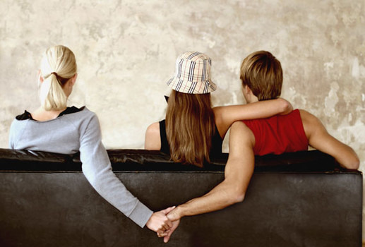 I Caught My Cheating Boyfriend! What Do I Do?