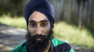 Sikh Man Takes Off Turban To Save Child; Gets Rewarded!