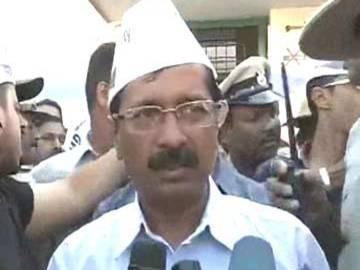 Now, Arvind Kejriwal Attacks Media!