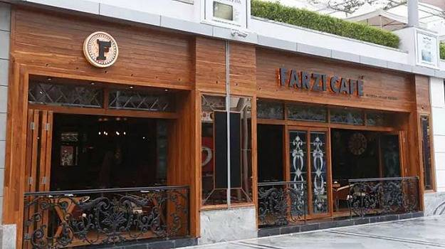 Indian Restaurants And Their Way To Culinary Success - Farzi Cafe, Gurgaon