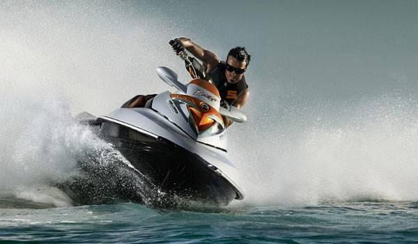 Exhilarating Adventures At Goa - Jet Skiing