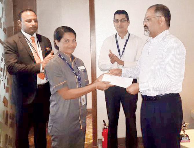 Mumbai Airport Janitor Returns Jewellery Worth Rs 40 Lakh