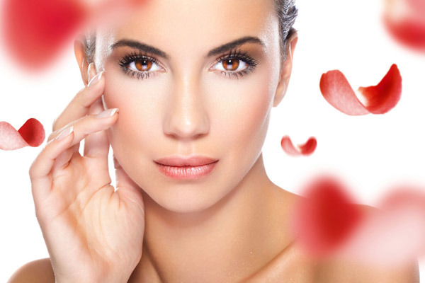 Dry And Flaky Skin: 6 Ways To Keep Your Skin Glowing This Winter