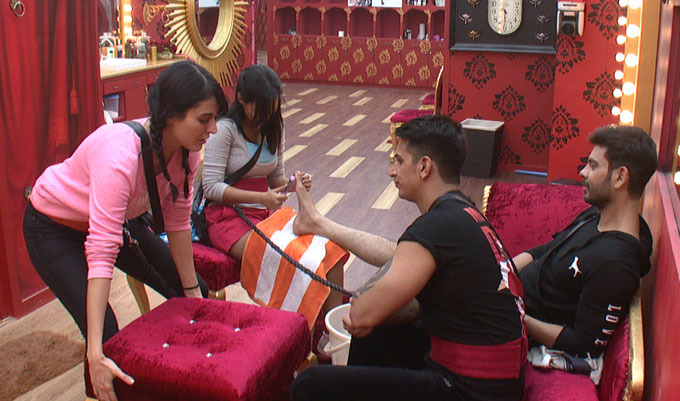 Bigg Boss 9: And The Massages Have Begun In The House