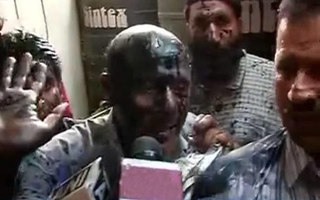 Just In: Ink Attack On J&K MLA Engineer Rashid