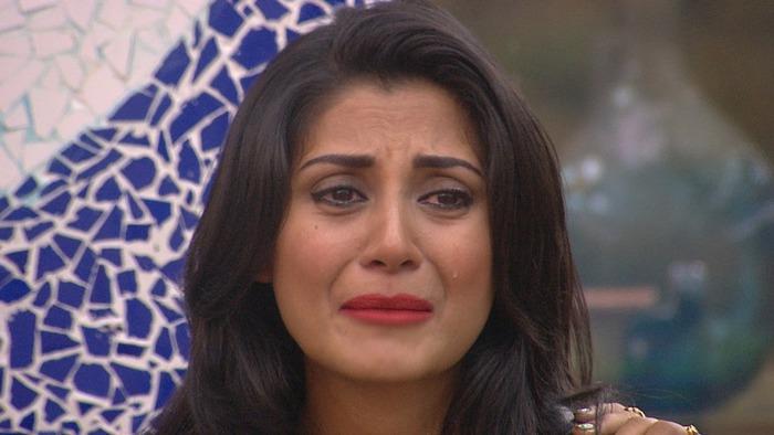 Bigg Boss 9: Salman's Prank Makes Rimi Sen Break Down! Is This Her Strategy?