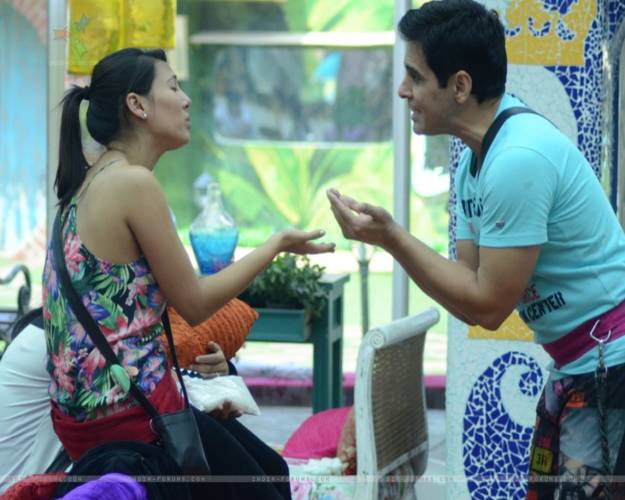 BB9 Rochelle Marira Rao And Mandana's Friendship Turns Sour..!!