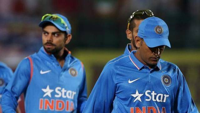 What Dhoni Said To Virat Kohli After Lost First T20 Match