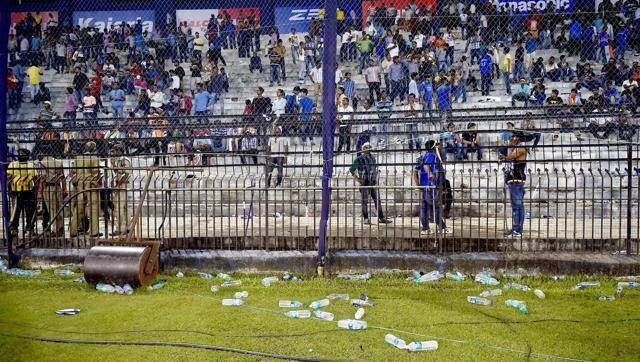 Are Indian Fans Sore Losers?