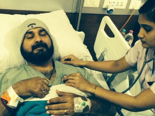 Navjot Singh Sidhu Hospitalised; We Wish Him A Speedy Recovery!