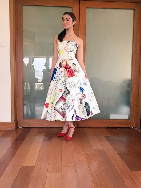 Alia Bhatt's Shaandaar Doodle Dress Stole Our Hearts