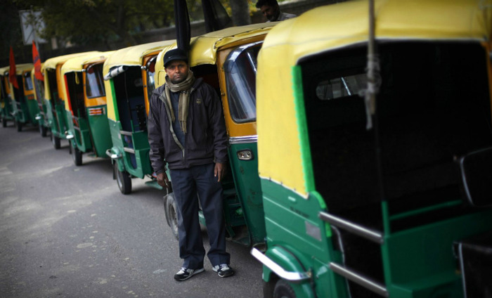 Auto Drivers Will Be Rewarded With Rs 2000 For Helping Out Accident Victims: Delhi Govt