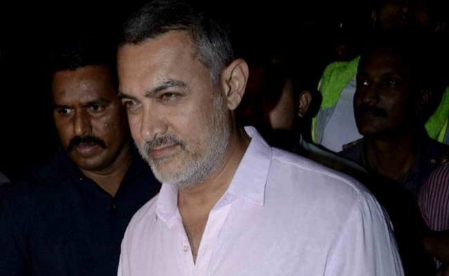 Aamir Khan Adopts Two Villages In Drought-affected Maharashtra!