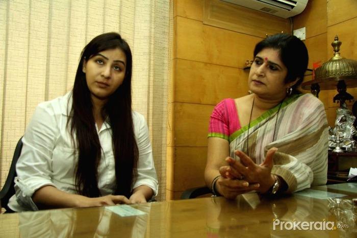 Watch: Shilpa Seeks MNS' Help To Speak Against The Producer Of Bhabhi Ji Ghar Par Hai