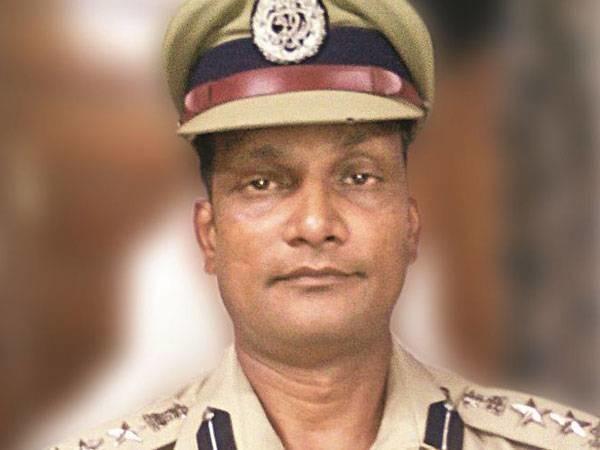 CRPF Commandant Killed After Unfurling Tricolor