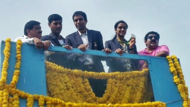 Grand Welcome For PV Sindhu At Hyderabad