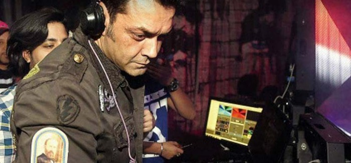 LOL: Bobby Deol DJ Skills Angered People At A Delhi Nightclub, Crowd Demands A Refund!