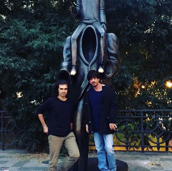 Check Out SRK's Super Stunning Photos From Prague. We Can't Stop Staring