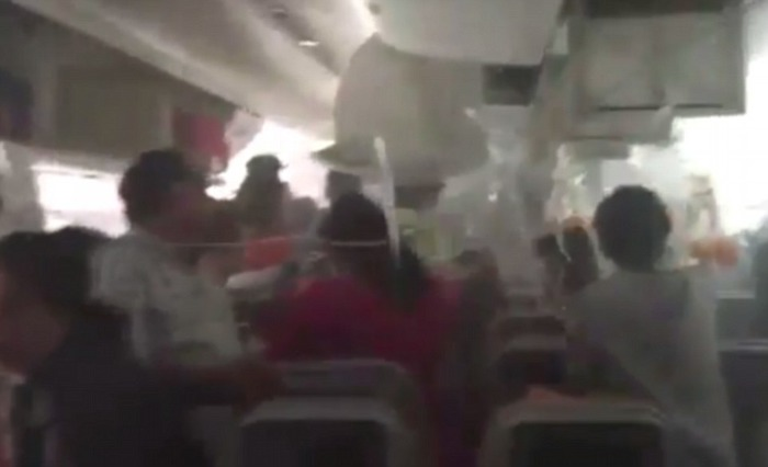 Passengers Scramble To Find Their Luggage Instead Of Escaping The Emirates Flight That Crash Landed