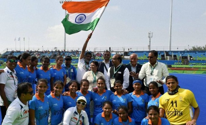 Indian Women Archery & Hockey Squad Shows Grit, Shooter Heena Fails To Impress