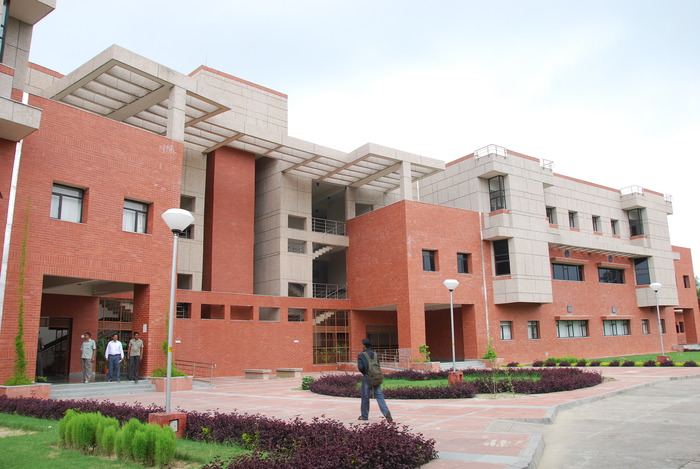 IIT Kanpur Student Dies, Students Protest Alleging Medical Negligence