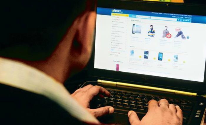 Demonetisation Will Help Shift Offline Retail To Online: Report