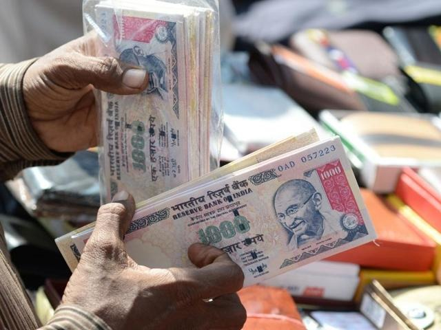 Demonetisation Row: RBI Guidelines Change Yet Again! Here Are The Revised Rules