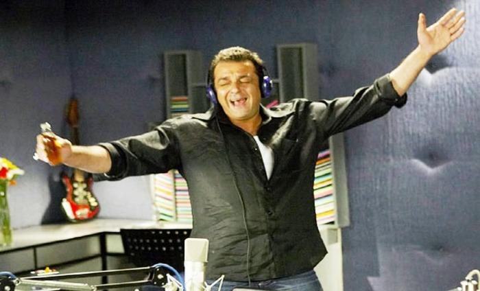 Sanjay Dutt Applauded For His Radio Show 'Aap Ki Farmaish' In Jail