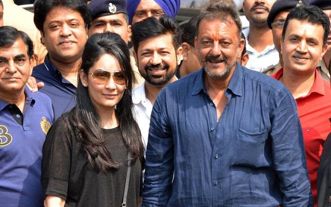 Here's How Bollywood Welcomed Back Sanjay Dutt