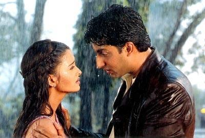6 Bollywood Couples Who Worked Together MUCH Before They Began Dating!