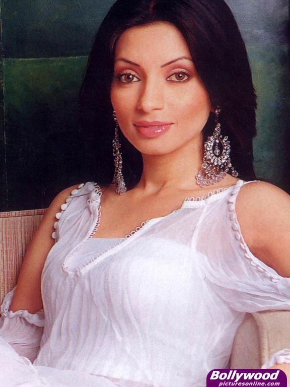 TV Star Shama Sikandar's Transformation Will Shock You!