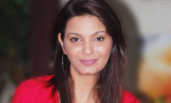 Former Miss World Diana Hayden Delivers Baby Girl Using 8-Year-Old Frozen Egg